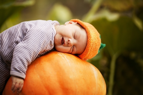 creating a memorable first halloween for baby